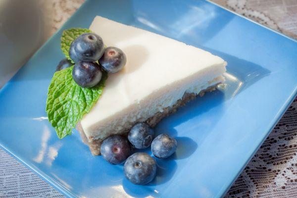 Karamelový cheesecake s čučoriedkami - Recept pre každého kuchára, množstvo receptov pre pečenie a varenie. Recepty pre chutný život. Slovenské jedlá a medzinárodná kuchyňa