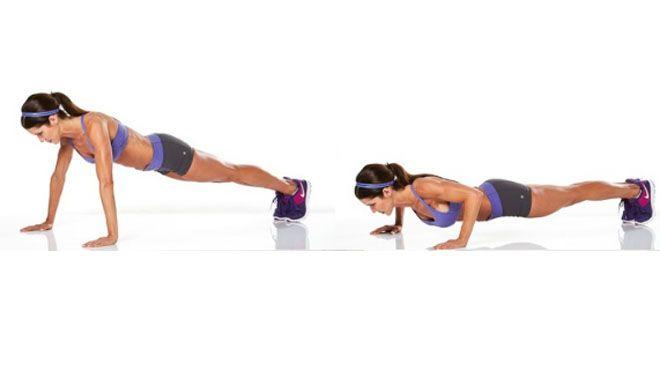 Push up lijken simpele oefeningen maar ze zorgen, mits goed uitgevoerd, voor groot resultaat; training van de arm, borst en buikspieren, verbetering van de conditie en verbeterde coördinatie tussen hersenen en armen. #workout #pushup #women