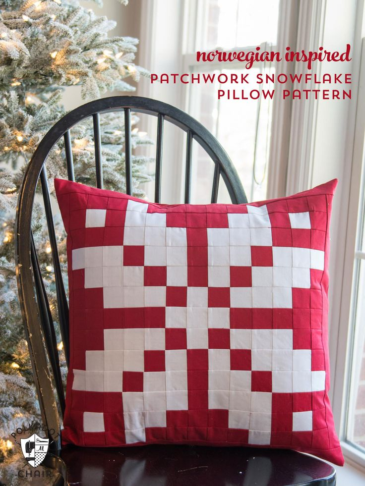 Free sewing pattern for a patchwork Norwegian knit wear inspired snowflake pattern & 326 best Christmas Quilts images on Pinterest | Quilting patterns ... pillowsntoast.com