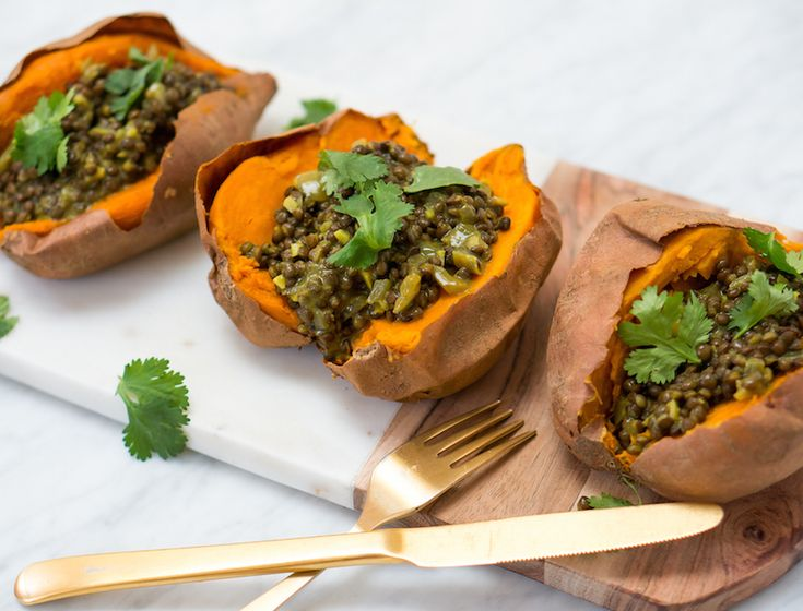 This lunch is super filling, and an immune-boosting powerhouse. Black lentils are so beautiful—they remind me of caviar, little jewels on top of the bright orange sweet potato flesh. Both sweet potatoes and lentils are rich in fiber that will keep you full well through the afternoon, and the lentils, inspired by traditional Indian dahl, are flavored with a plethora of exotic spices that are rich with flavor and health benefits. The turmeric, particularly, is incredibly for quelling…