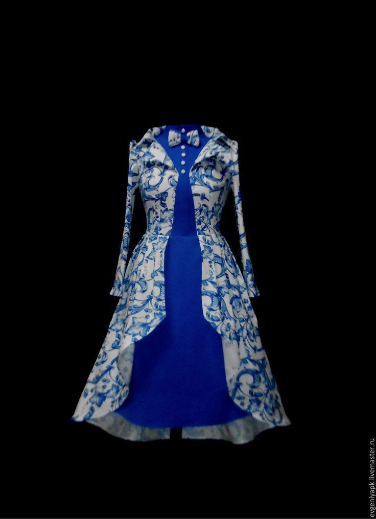 Купить или заказать Арт объект 'Платье-Сюртук' в интернет-магазине на Ярмарке Мастеров. Платье сюртук это платье имитирующие комплект платье-сюртук.Верх передняя часть подкрой планка-блузка со стойкой,бабочка. Основная ткань имитация пиджака,воротник отложной,лацканы,подборта. Спинка застежка молния.Низ подкрой эффект юбочки,соединенная с подкладкой,верх основная ткань каскад бантовые складки. Все окантовано,модель пока под вопросом к заказному варианту,сложное исполнение.