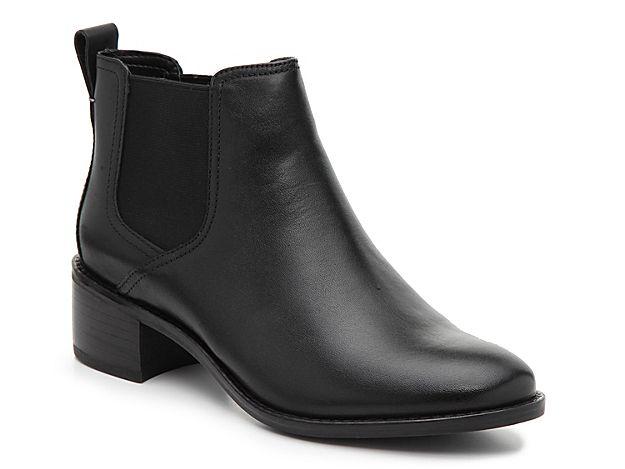Women Corinne Chelsea Boot -Black