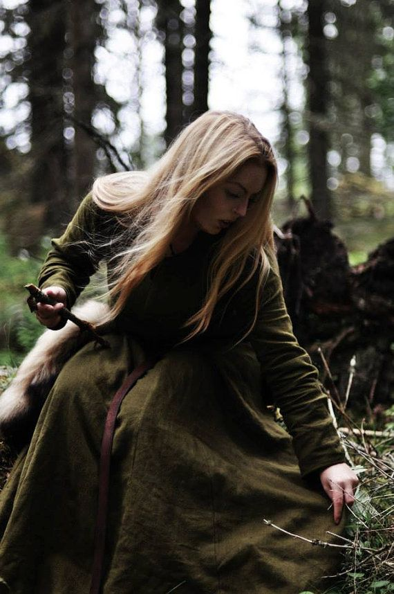 Forest Bound - Olive Green Viking / Medieval Dress / Undergarment / Sark / Särk