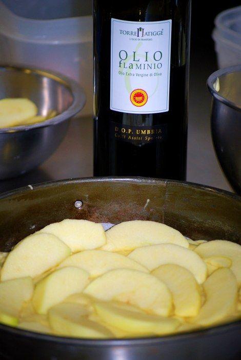 Torta di mele e #olioflaminio Dop Umbria Colli Assisi Spoleto