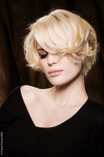 new trendy hair styles 19 best bob hairstyles with bangs images on 8946