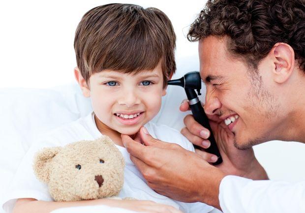 Τοποθέτηση σωληναρίων στο αυτί