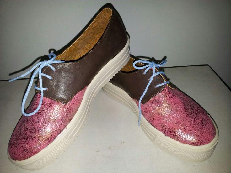 Zapato estilo Derby
