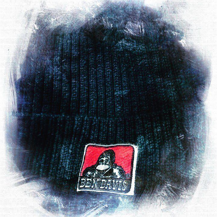 """10 Likes, 1 Comments - 😎Gurasanman😎 {■∇■}7 (@n0__07) on Instagram: """"BENさんのニット帽また新しく購入 だいたいこのタイプしか被らない ほんと重宝してる 好きなブランド#BENDAVIS 何より好きなのはこの#LOGO#ロゴ🦍🐒🐵…"""""""