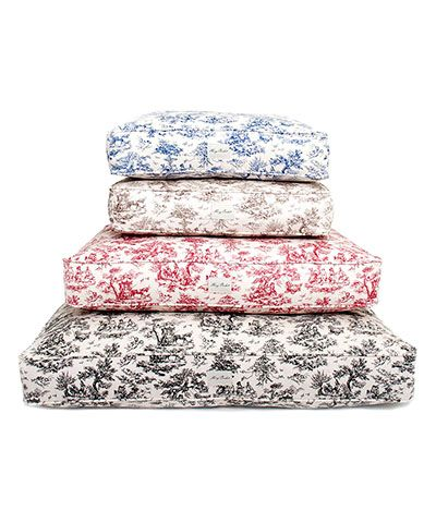 Toile Dog Bed