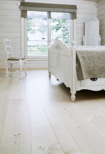 Verdens første industriproduserte gulv med naturlig bøyde planker kommer fra Bolefloor.