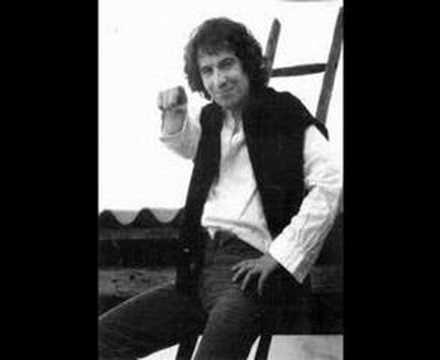 Rino Gaetano, Resta Vile Maschio Dove Vai? (1979)