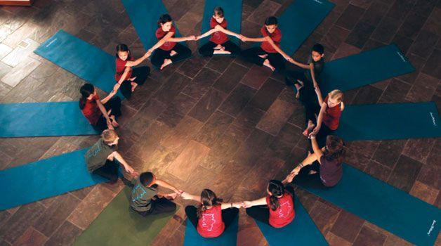 Yoginos - Yoga for Youth Training