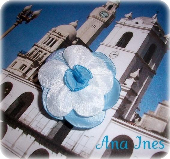 Flor Escarapela