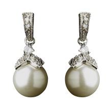 Elegant Vintage Crystal and Pearl Drop Earrings