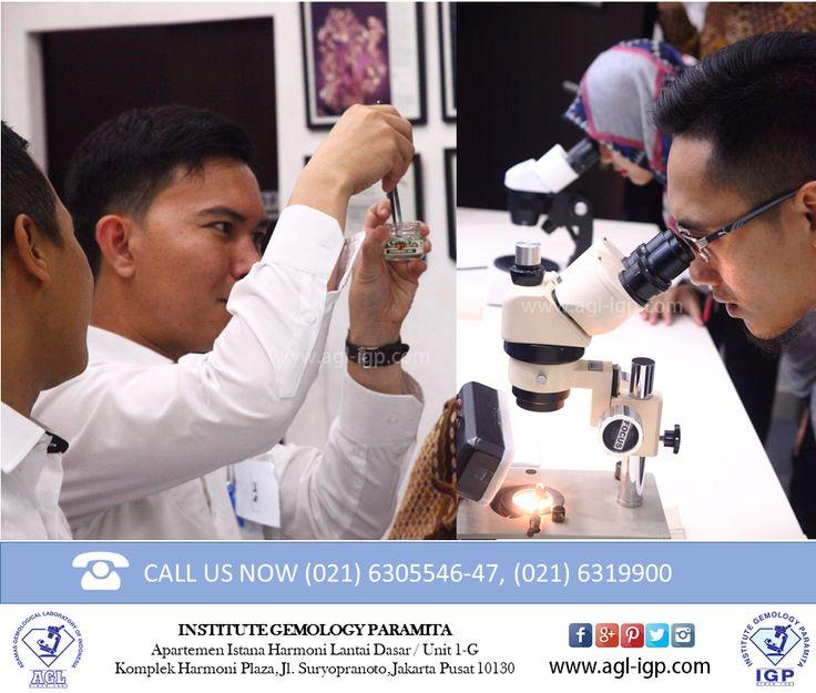 Practical tools that are used for courses such as Loupe, Tweezer, Leveridge, Ste-reo Microscope, Refractometer, Spectroscope, Monochromatic Light, Fiber Optic Light, Dichroscope, Specific Gravity Balance, Liquid Specific Gravity, etc.