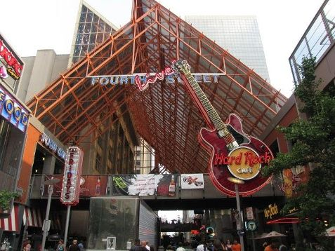 Grab a drink or bite to eat at Fourth Street Live!: Located in the heart of Downtown Louisville, Fourth Street Live! is prime for dining and entertainment. Location:  400 S 4th Street Louisville, KY 40202 For information, click: http://www.4thstlive.com/about