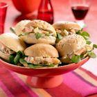 Partybroodjes met zalmsalade - recept - okoko recepten