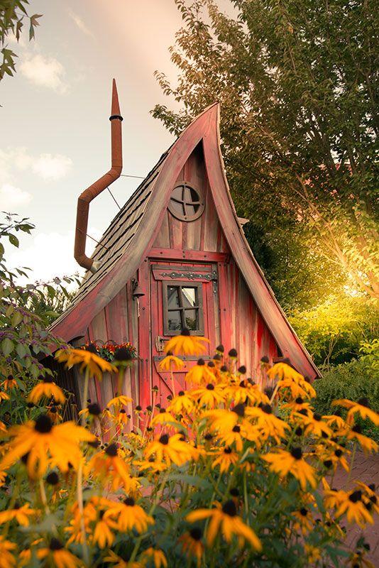 Die besten 17 bilder zu gartenh user lieblingspl tze auf pinterest flora farne und highlights - Hexen gartenhaus ...