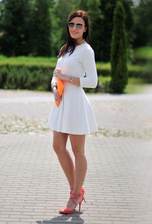 Addicted to Fashion - nasza sukienka w połączeniu z neonowymi akcesoriami! #moda #sukienki #neon #stylizacje #danhen
