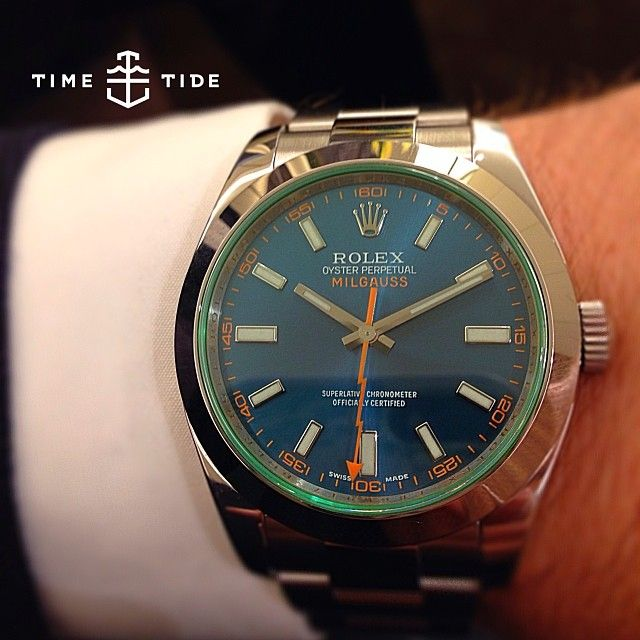 Face to face with the lavish dial and glass of the new blue Milgauss. As it happens this is the entry level Rolex piece for men - priced alongside a no-date Submariner. It's about as quirky as Rolex get, and now with the blue, it's amped up the elegance. In an emoji it's definitely