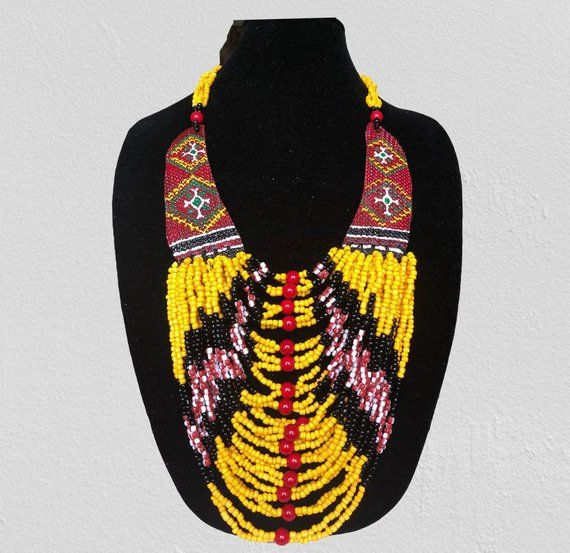 Ethnic Intricate Design Leaf Shaped Crescent Fashion Necklace Jewelry Chic Gift