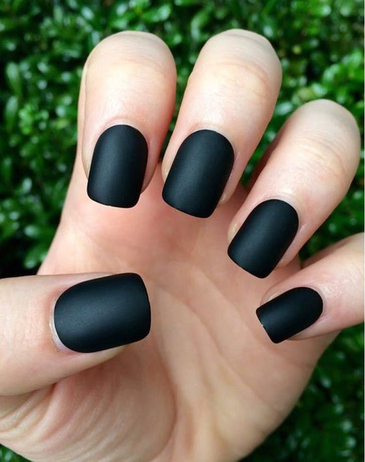 Matte Nails The Manicure That Works On Literally Everyone Matte Black Nails Matte Black Nail Polish Trendy Nails