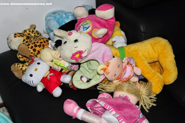 Cos'è il gioco per i bimbi piccoli e semplici regole per scegliere i giochi più adatti per loro http://www.damammaamamma.net/2014/08/che-cosa-e-il-gioco-per-i-bimbi-piccoli-e-semplici-regole-per-scegliere-i-giochi-piu-adatti-per-loro.html