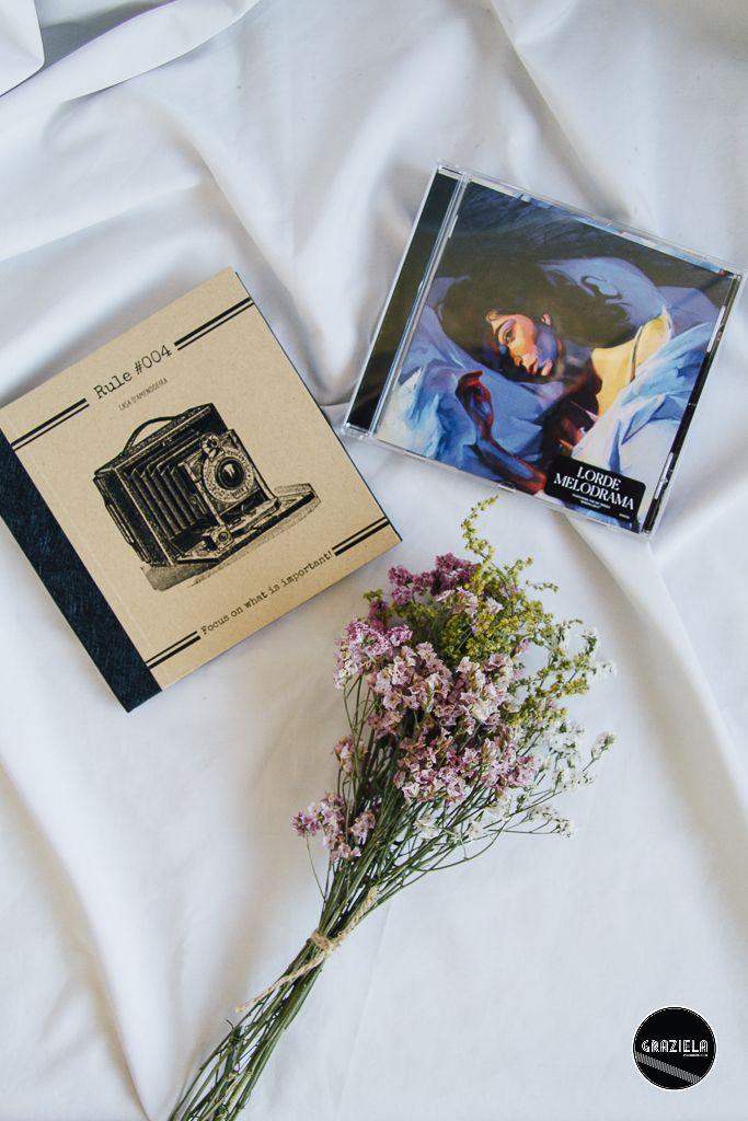 #lorde #flowers #music #notebook