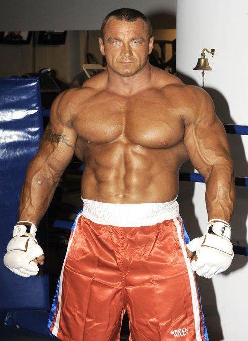 300 lbs muscle
