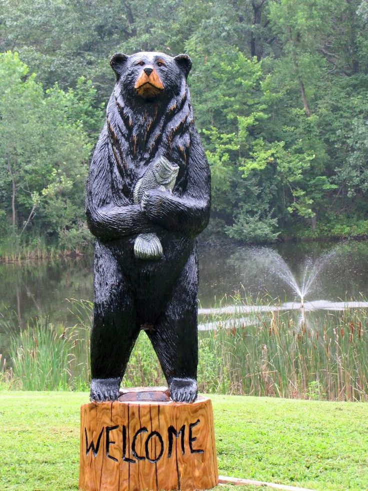 Best chainsaw bear carvings images on pinterest wood