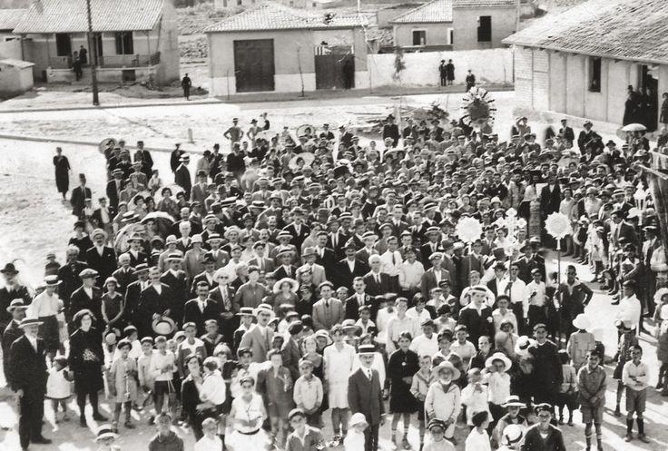 Πρώτη Ανάσταση, 1927, Νέα Φιλαδέλφεια. Φωτογραφία: Αρχείο Δημήτρη Καμούζη.