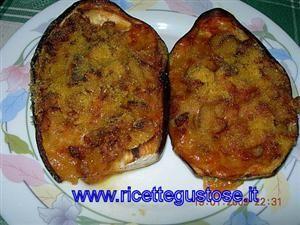 Melanzane ripiene salsiccia e mozzarella
