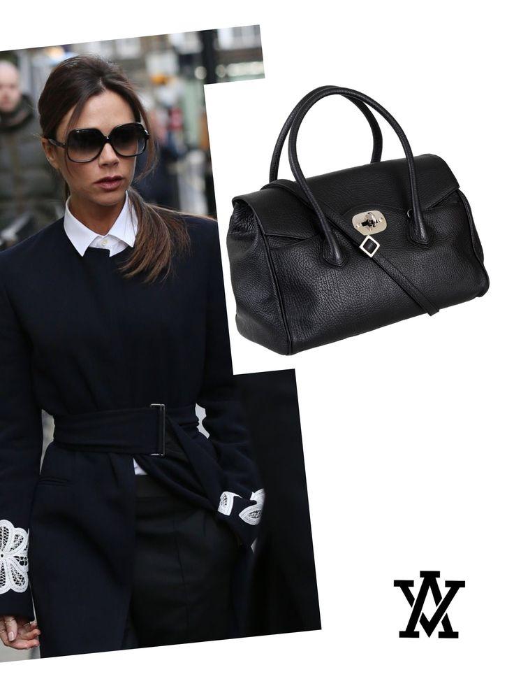 Italian leather handbags  Code: VENEZIA black shoponline➡️www.adelevian.com
