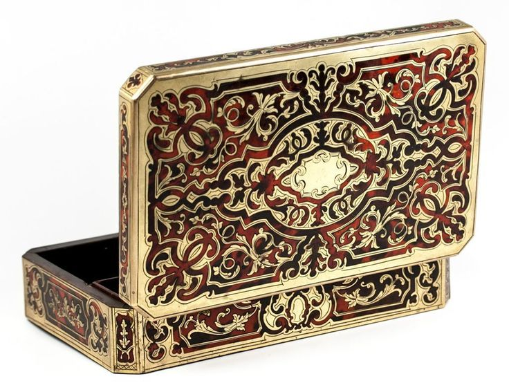 Antique French Boulle Marquetry Box for Gaming, Cards or Whist. Opulent 19th c. Work