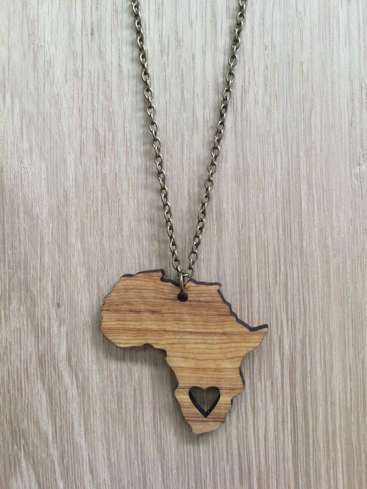 Olive wood necklace. Africa.