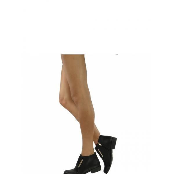 topánky Úhľadné Jodhpur topánky pre ženy, s pôvodnou vlož jazyka na širokou gumou so zlatým lemovaním namiesto tradičného šnurovanie. Na vnútornej strane zips pre jednoduché nasadenie. Topánky sú ľahké a veľmi pohodlné, v skutočnosti vyzerajú ešte lepšie ako na obrázkoch. https://www.cosmopolitus.com/botki-model-2130bl-black-p-120199.html?language=sk&pID=120199 #módne #topánky #Lacné #topánky #Jodhpur #komfortný #štýlový #elegantný #jarný