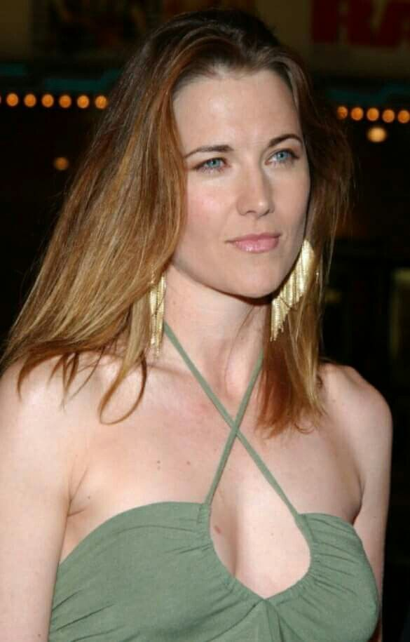 Lucy Lawless during 'The Grudge' Los Angeles Premiere - Arrivals at Mann Village Theater in Westwood, California, 2004