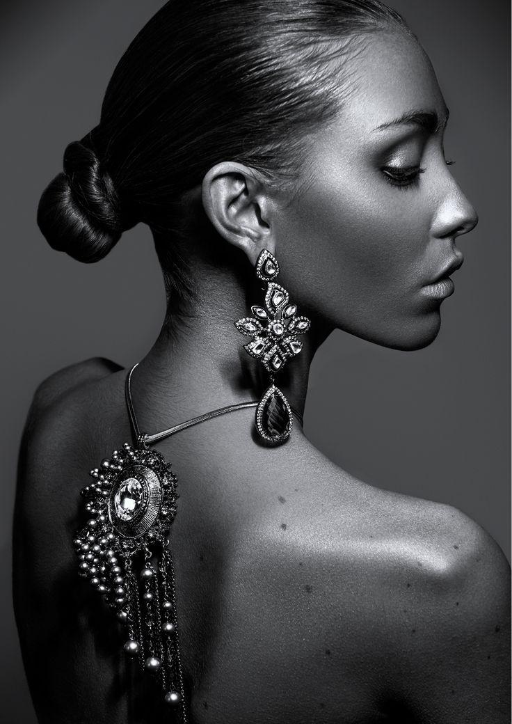 25+ Best Ideas About Jewelry Model On Pinterest