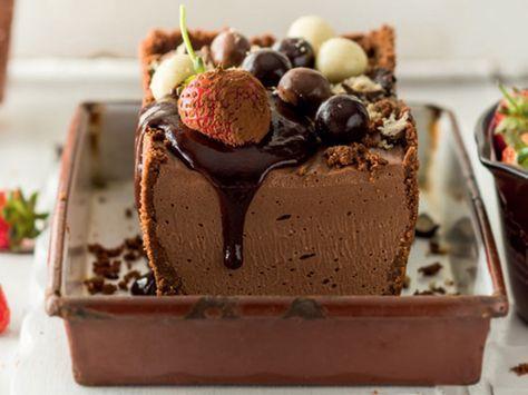 Sjokolade-Cremoratert..  uit Herman Lensing se kookboek, Nog 'n VOORSKOOT. 1 x 10 g-sakkie...