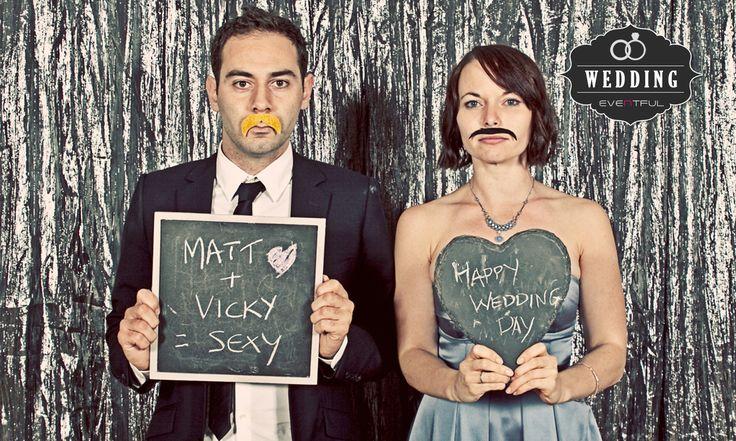 WEDDING PHOTO BOOTH!