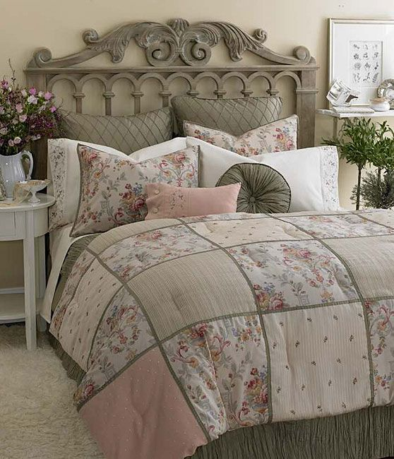 Cottage ♥ Bedroom, Laura Ashley Victoria Inn Comforter Set