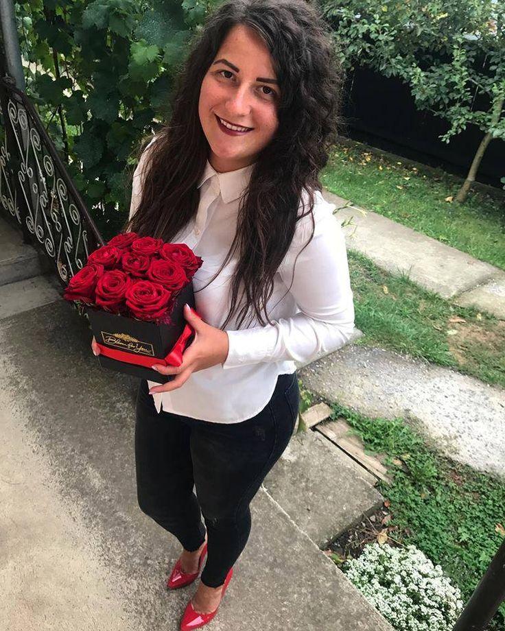 Bloom For You = un cadou significant, valoareaza enorm atunci cand il oferi din toata inima! Iubirea iti acorda libertatea de care ai nevoie si te ajuta sa fii tu insuti. #BloomForYou #dragoste #iubire #teiubesc #flori #flowerbox