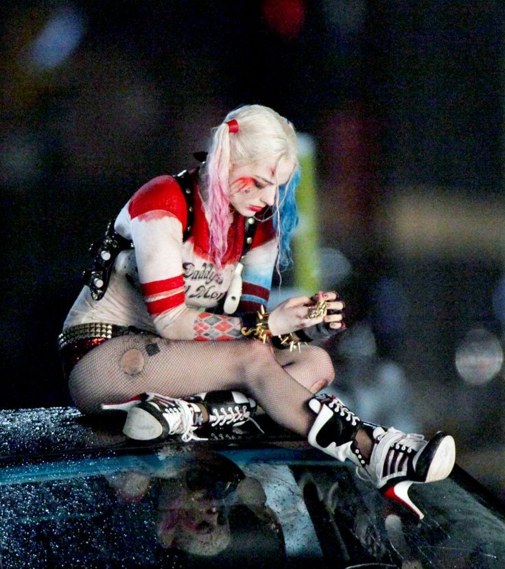 Margot Robbie on the Set of Suicide Squad