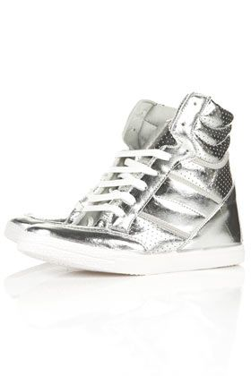 Silver rockets! Metallic sneakers from Top Shop.Heels Trainers, Aerobics Wedges, Topshop Aerobics, Wedges Heels, Silver High, High Tops, Wedge Heels, Wedges Sneakers, Silver Wedges
