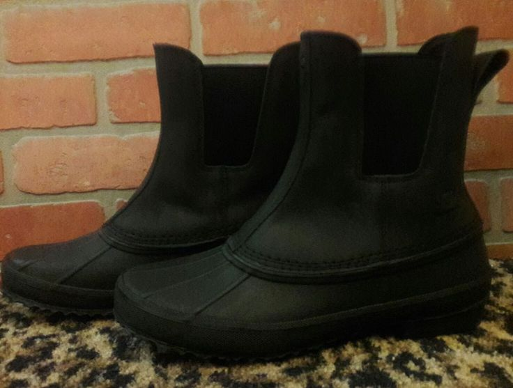 Ugg Australia Romosa 1015381 Waterproof Black Leather Rubber Duck Boots Mens 9 D #UggAustralia #AnkleBootsDuckWaterproof