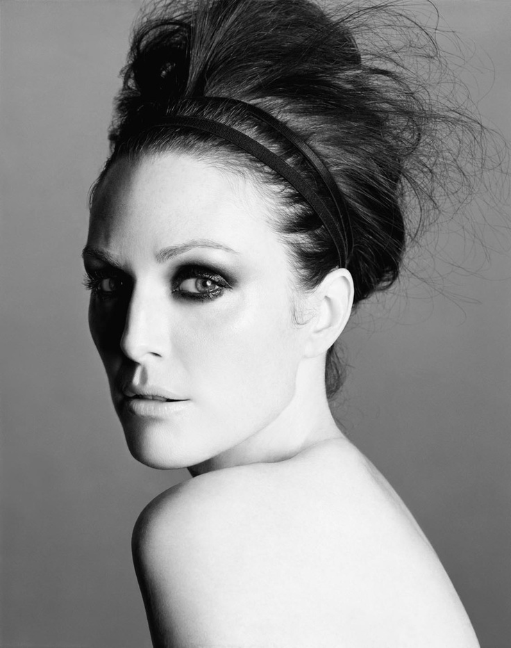 Julianne Moore.  One of the most beautiful women in Hollywood (in my opinion).