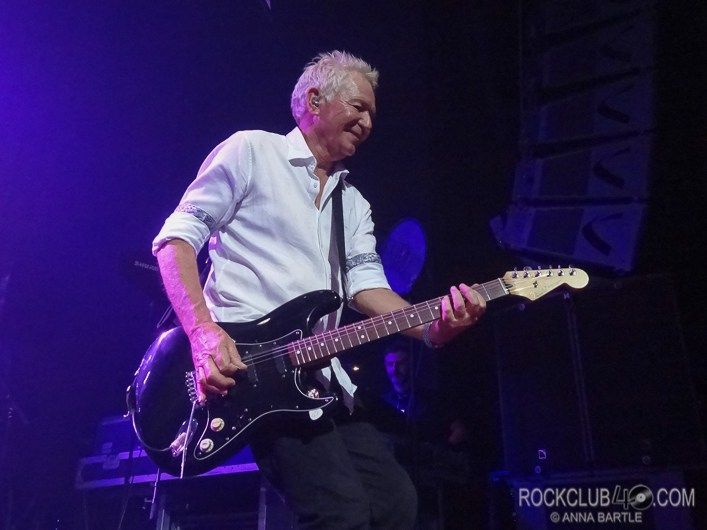 Review: ICEHOUSE at Enmore Theatre Sydney - 24 June 2017