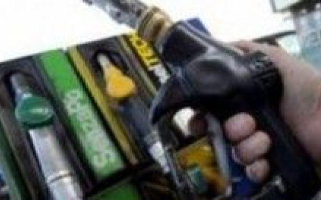 Sette pompe di benzina su 10 ci frodano: come difenderci seguendo i consigli della Guardia di Finanza #guardiadifinanza #pompedibenzina