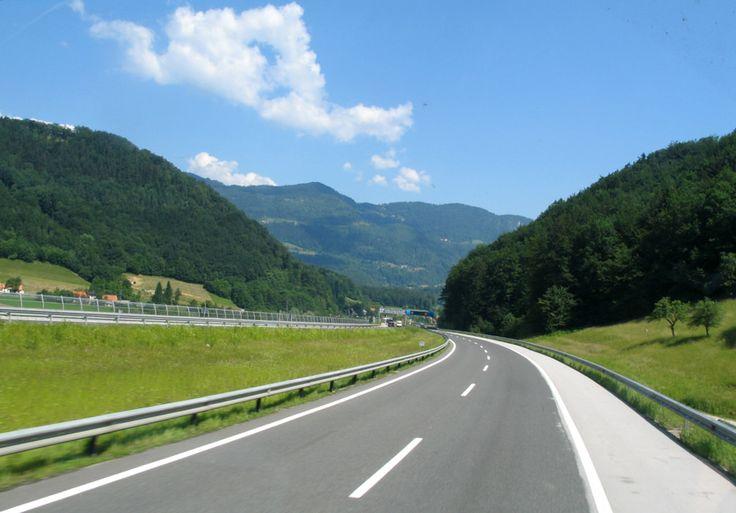 https://flic.kr/p/wsmnn3 | Highway, Slovenia