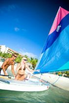 Taking a sail boat with my honey would be so awesome at Occidental Grand Aruba. #aioutlet #aruba